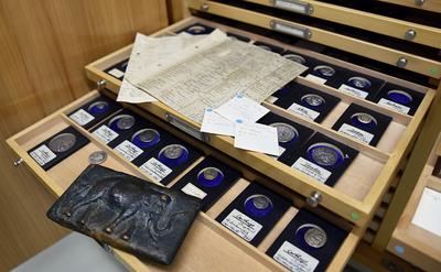 Das Münzkabinett in der Antikensammlung zu Kiel