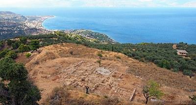 Blick über Aigeira und den Korinthischen Golf